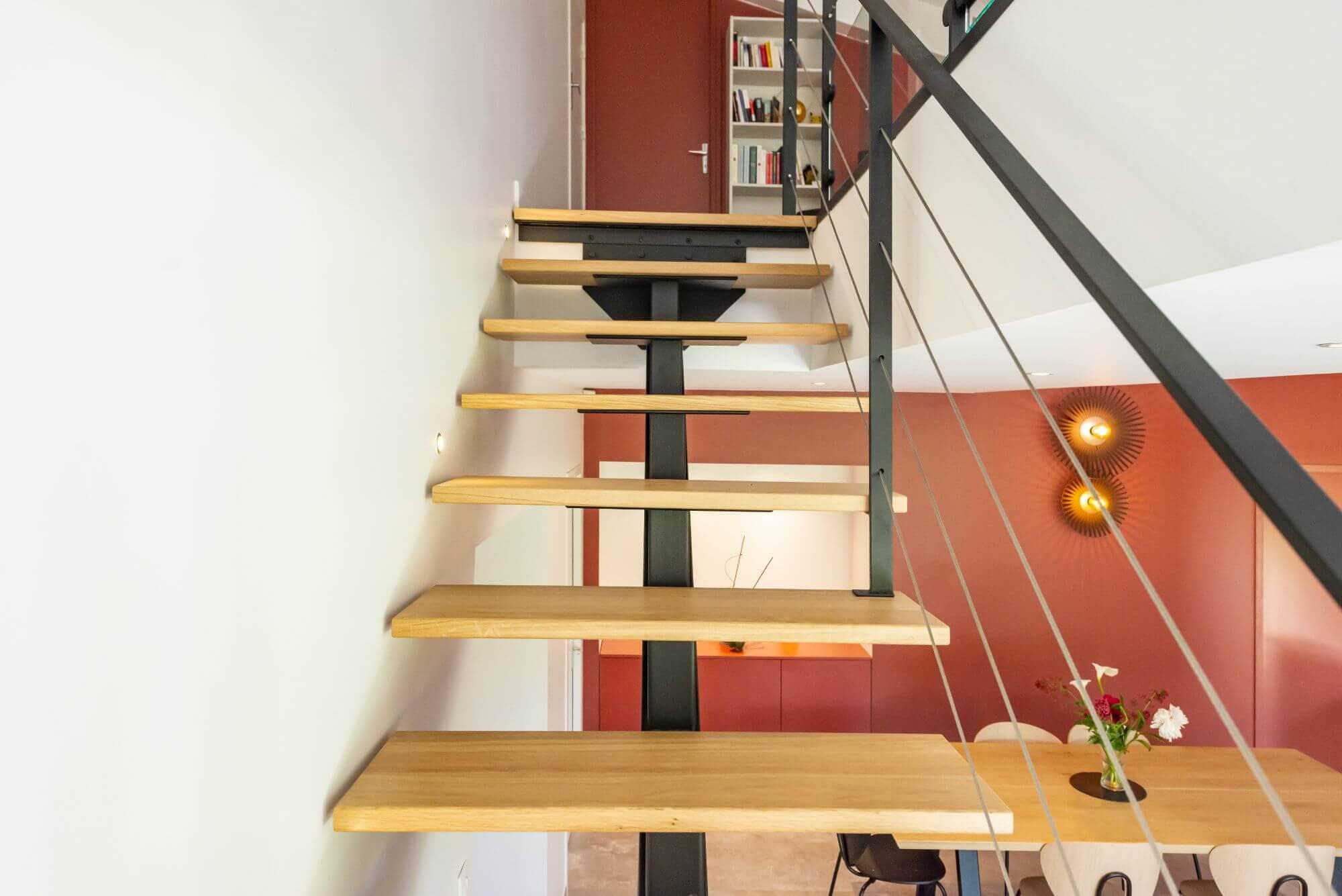Escalier, Limon central, Maison renovée